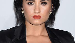 Demi Lovato przyznała, że retuszuje zdjęcia. Pokazała cellulit i rozstępy
