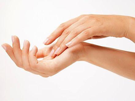 Dłonie zdradzają nasz wiek