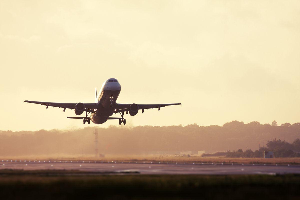 Ceny lotów do USA spadły