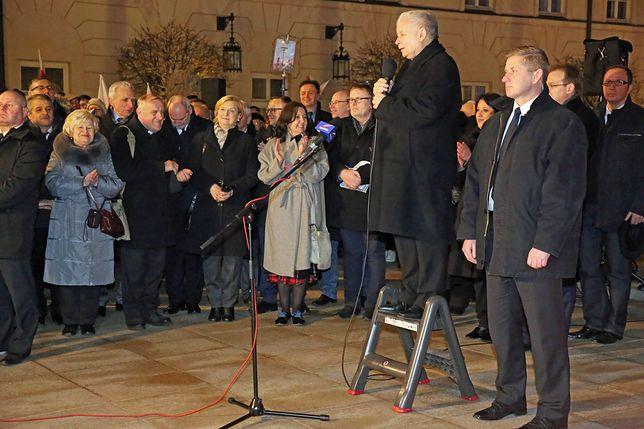 Jarosław Kaczyński podczas jednej z miesięcznic