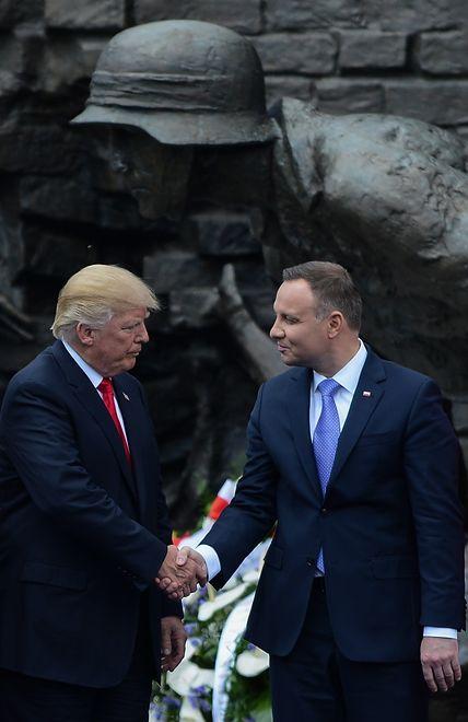 Donald Trump i Andrzej Duda podczas pierwszej wizyty amerykańskiego prezydenta w Polsce. 6 Lipca 2017 r. Plac Krasińskich w Warszawie