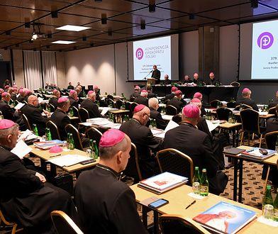 Polscy biskupi przepraszają za pedofilię. W liście brakuje kluczowego słowa