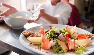Domowe pierogi, burgery czy wykwintne sushi. Jak wyglądają kulinarne upodobania Polaków?