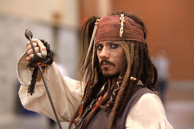 """Jack Sparrow to główna postać """"Piratów z Karaibów"""""""