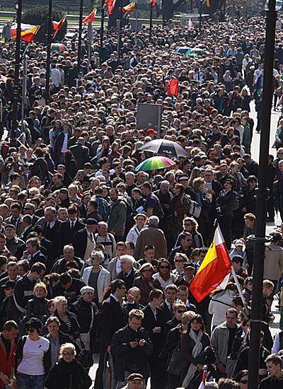 180 tys. osób złożyło hołd Parze Prezydenckiej