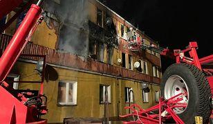 Strażacy przez pięć godzin walczyli z pożarem w Zdzieszowicach