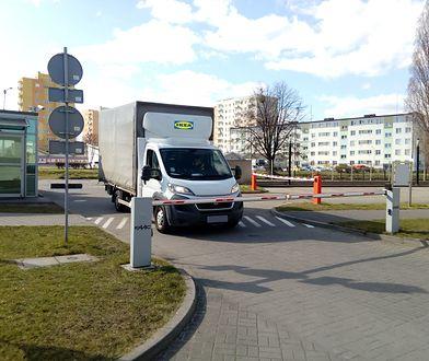 IKEA przekazuje łóżka i pościel pracownikom infrastruktury krytycznej.