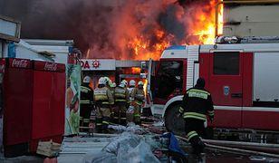 Pożar i zawalenie dachu stoczni w Szczecinie