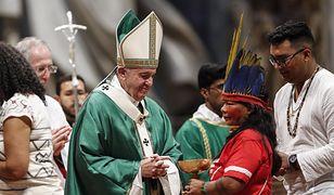 Papież Franciszek otworzył Synod Biskupów dla Amazonii. Wielkie kontrowersje