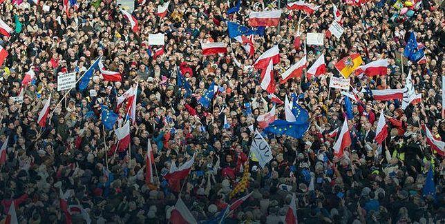 """W sobotę manifestacja KOD. """"W Obronie Wolności Słowa"""""""