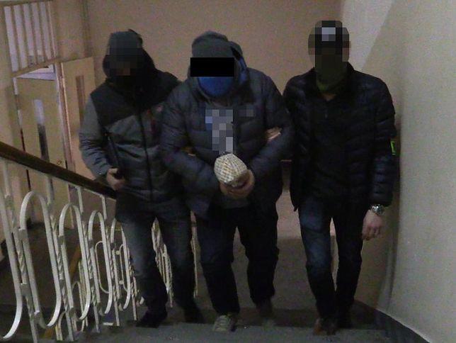 Warszawa. Chcieli wprowadzić na rynek 23 kg narkotyków. Dwóch 50-latków zatrzymanych