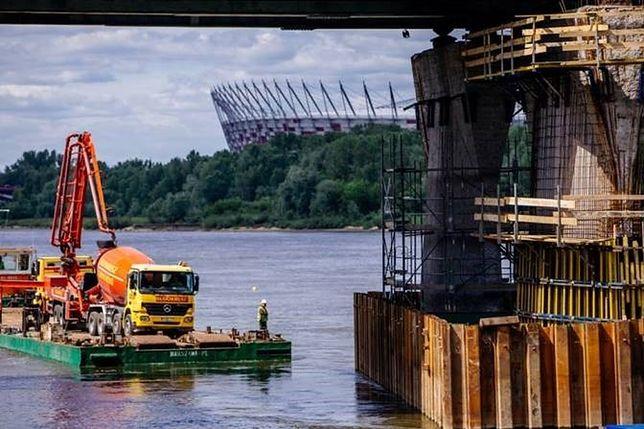 Nietypowa operacja przy remoncie Mostu Łazienkowskiego