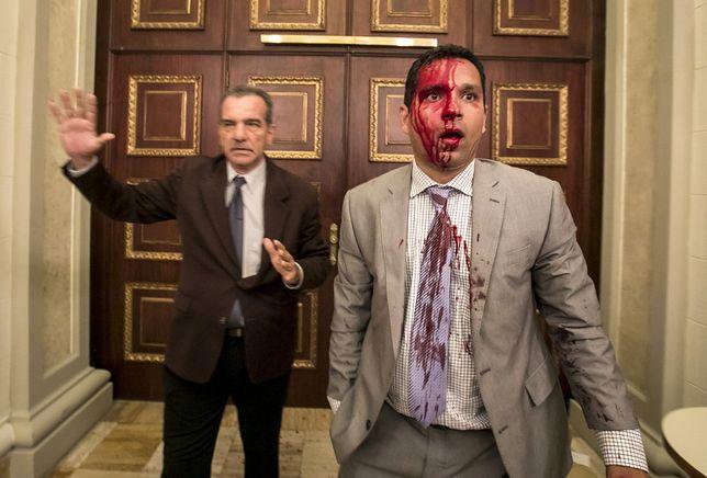 Wenezuela: Zwolennicy prezydenta wdarli się do parlamentu. Są ranni