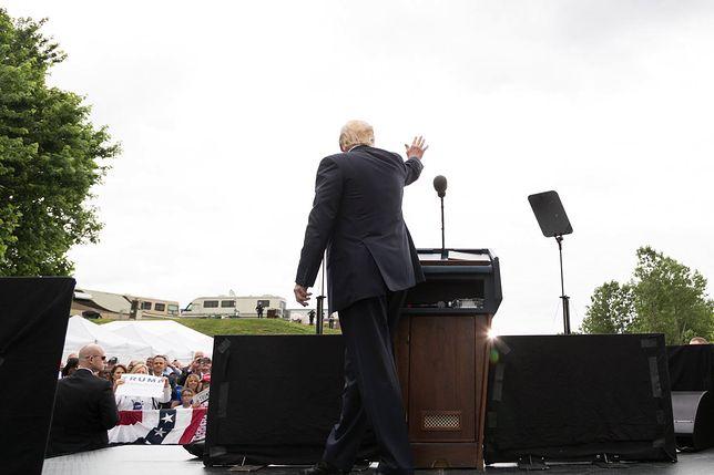 Donald Trump podczas przemówienia