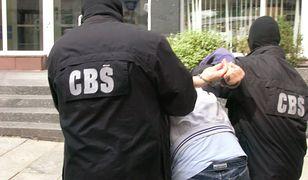 Policjanci ustalili, że kredyty w większości przypadków były zaciągnięte na tzw. słupy.