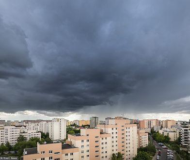 Warszawa. Alert pogodowy. IMGW ostrzega przed burzami z gradem