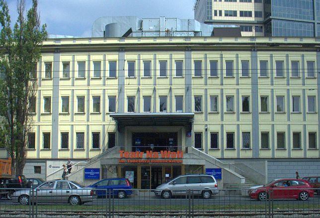 Warszawa. W dawnej siedzibie Teatru na Woli, kupionej w 2019 roku przez miasto od banku, ulokuje się niebawem Teatr Żydowski. Wkrótce rozpocznie się modernizacja pomieszczeń