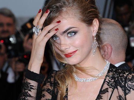 Biżuteria za milion dolarów skradziona w Cannes