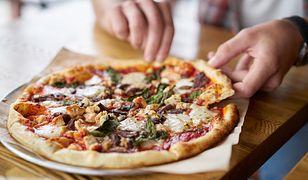 Smakowitą, domową pizzę możesz przyrządzić z dowolnych składników