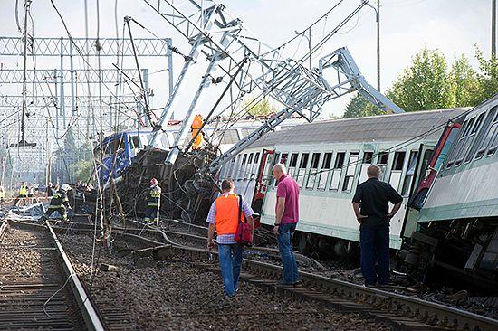 Pociąg relacji Warszawa-Katowice wykoleił się
