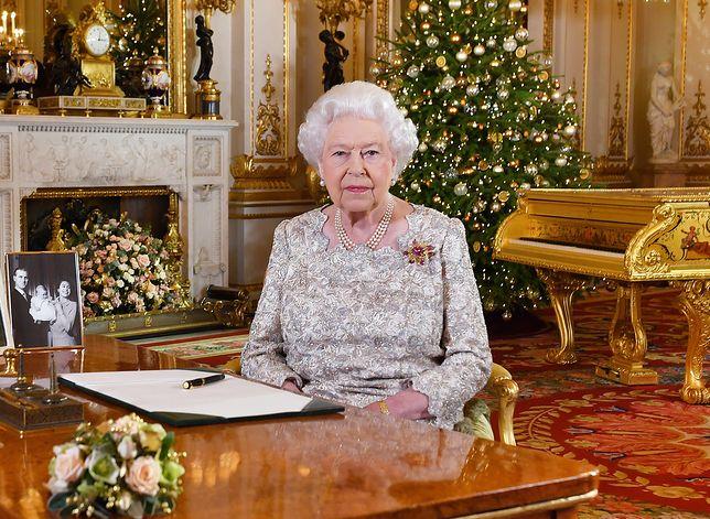 Królowa Elżbieta podczas swojego dorocznego przemówienia świątecznego