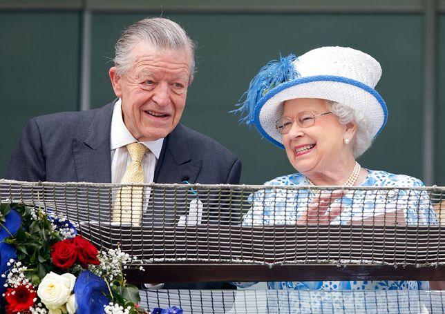 Sir Michael Oswald i Elżbieta II w 2016 r.