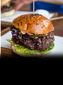3 najlepsze wege burgery na Dzień Burgera. Składniki na jednego z nich na bank macie w lodówce
