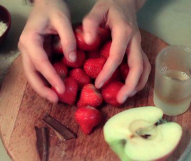 Szybki deser truskawkowy. Potrzebujesz tylko miksera