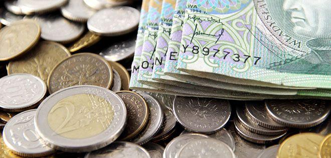 Polacy chcą wiedzieć, ile zarabiają inni