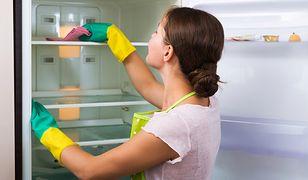 Kilka prostych trików pomoże uniknąć często mycia lodówki