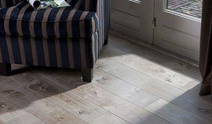 Postarzane drewniane podłogi na topie!