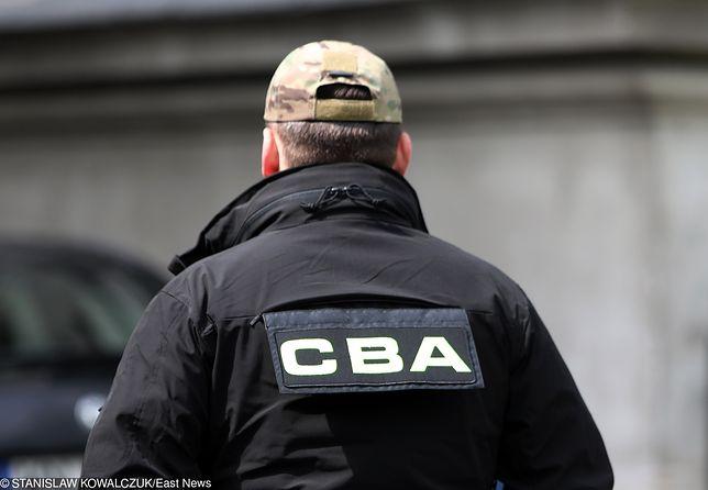 CBA zatrzymało wrocławskiego prawnika, który oszukał Skarb Państwa na ponad 150 tysięcy złotych, a planował wyłudzić kolejne 870 tysięcy.