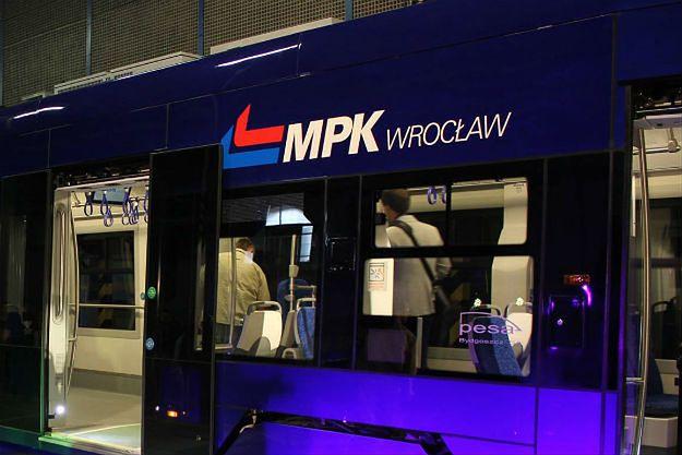 Wrocław: do zderzenia dwóch tramwajów doszło na ul. Lotniczej, na wysokości numeru 148.