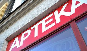 Syrop Pini znika z polskich aptek. GIF: na dnie znaleziono osad, wprowadzamy natychmiastowy zakaz sprzedaży całej serii