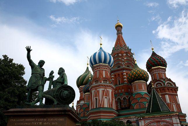 Turystyka szczepionkowa. Niemcy latają do Moskwy po Sputnika V