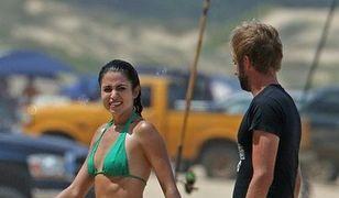 Aktorka Nikki Reed podczas wakacji na Hawajach