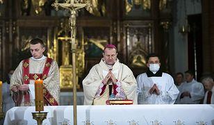 """Pedofilia w Kościele. Nowy metropolia gdański zapowiedział """"podjęcie kroków"""""""
