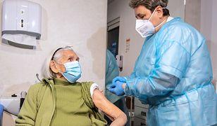 102-latka z Łodzi zaszczepiona. Pani Helena zdradziła swój sposób na długowieczność