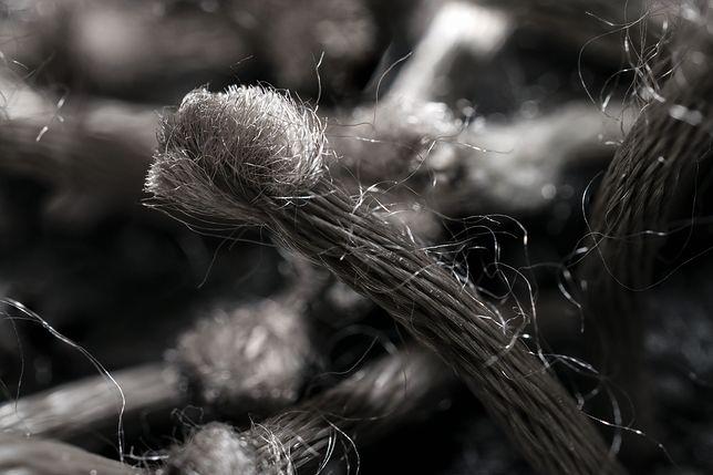 """Struktura włókien wełny pozwala jej """"schwytać"""" powietrze"""