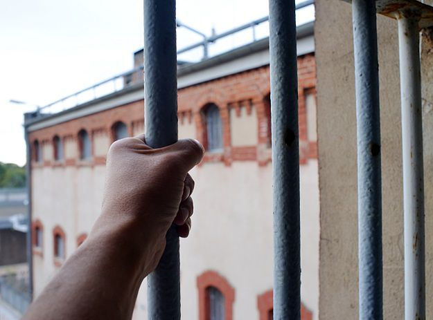 Rząd buduje więzienia