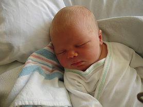 Poród w domu czy w szpitalu? Zobacz, jakie zalety ma urodzenie dziecka w domu