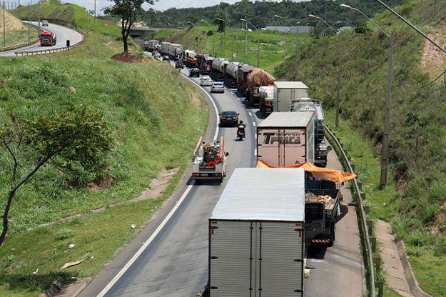Protest kierowców ciężarówek sparaliżował Brazylię
