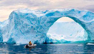 Góra lodowa na Grenlandii. Przez ocieplenie klimatu może stopnieć