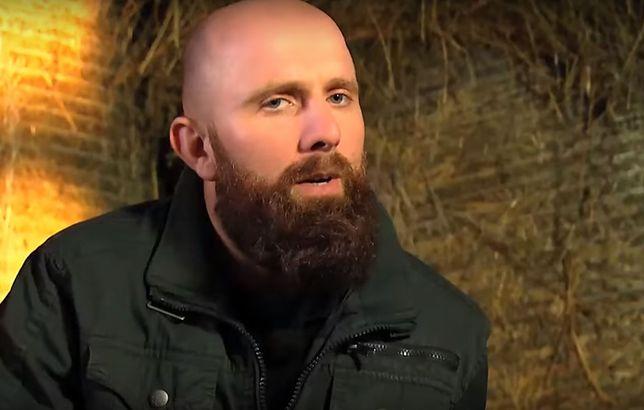 """Adam Broj z """"Rolnik szuka żony"""" stracił majątek w pożarze. Zorganizowano dla niego zbiórkę"""