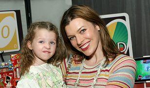 Milla Jovovich zaczynała jako 12-latka. Jej córka robi to samo