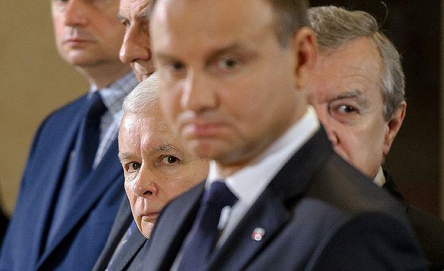 Po 28 latach demokracji Polska zamienia się w autokratyczną dyktaturę Jarosława Kaczyńskiego