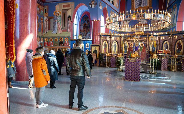 Koronawirus w Polsce. Białystok. Policja interweniowała w cerkwi. Powodem liczba wiernych.