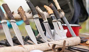 Nóż dla survivalowca. Ostrza stałe i składane