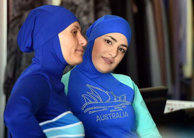 Muzułmańskie modelki w burkini