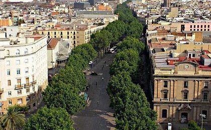 Barcelona traci zyski z turystów. Jest drogo i tłoczno